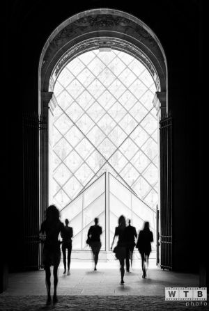 louvre paris france silhouettes 2014
